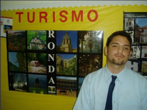 Hispanohablantes en DAA - Andrew, estudiante de grado 11