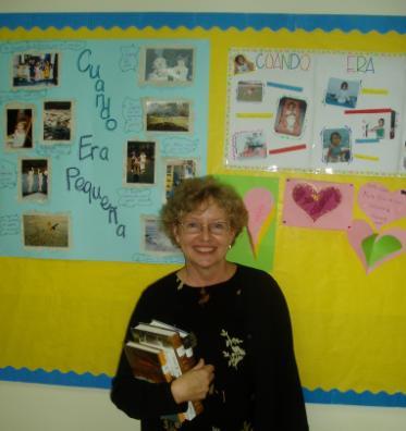 Hispanohablantes en DAA - Cecilia Wolf, profesora de quinto grado en la escuela elemental